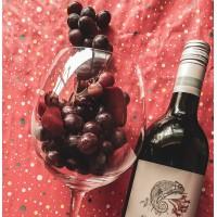 Ресвератрол в красном вине помогат снизить артериальное давление.