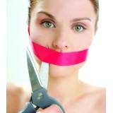 Названы самые неочевидные причины неприятного запаха изо рта